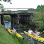 drewniany most przy dawnym młynie wodnym w Konotopie